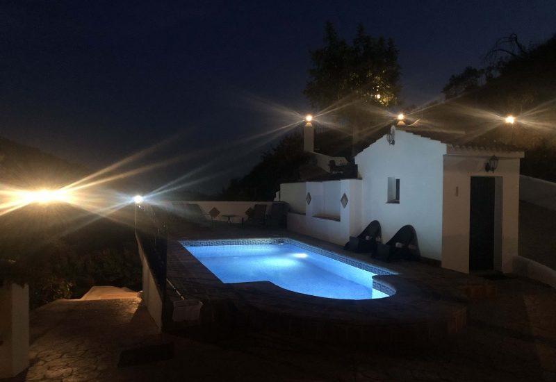 zwembad nacht 3 kopie